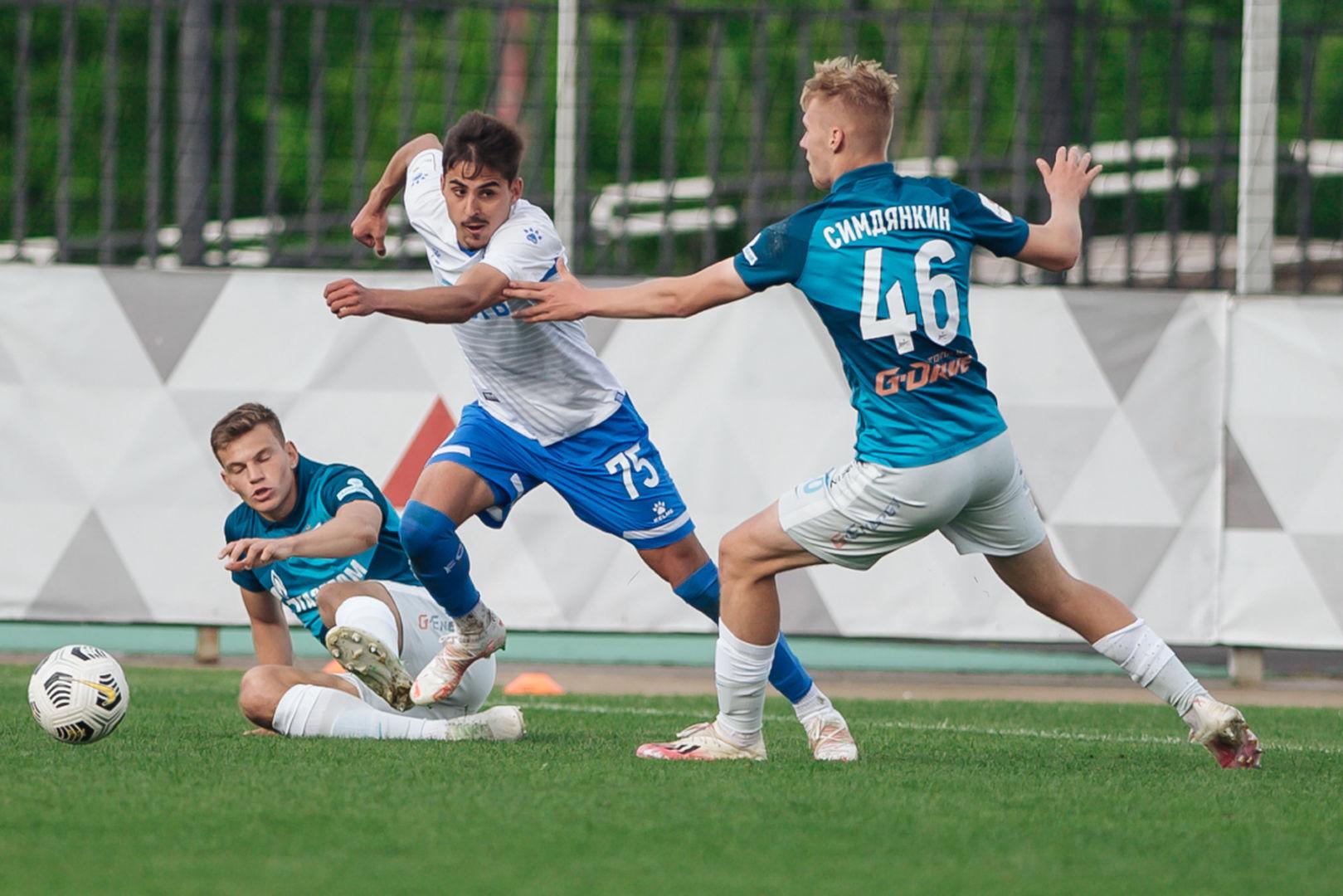 Фоторепортаж с матча «Динамо-2» - «Зенит-2»
