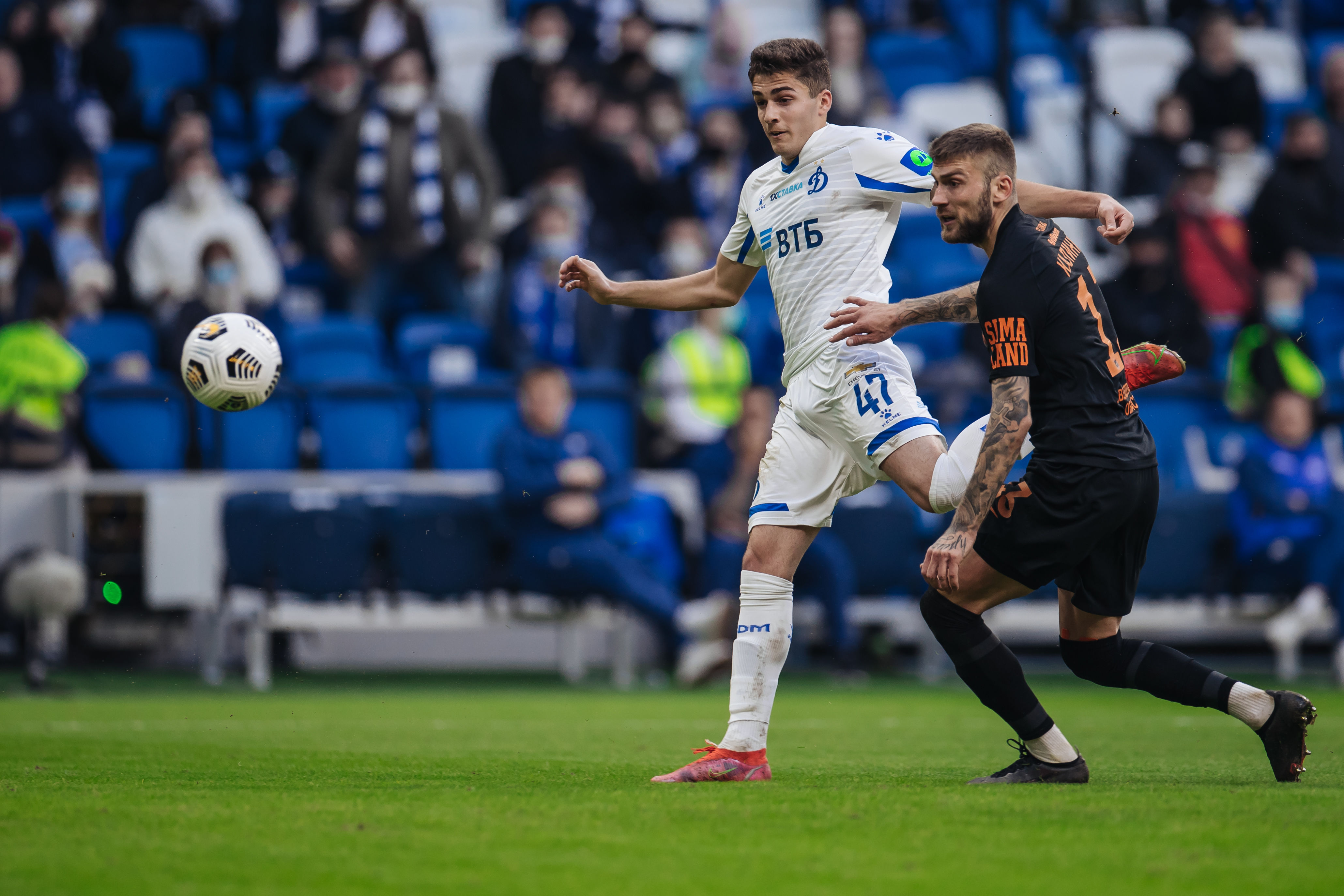 Мяч Захаряна в ворота «Урала» признан ВТБ голом месяца в апреле
